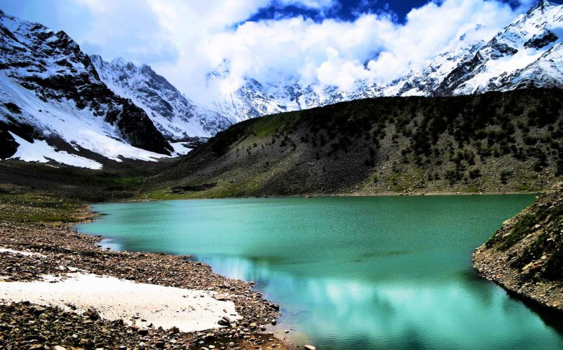 Best Time to Visit Lulusar Lake in Pakistan with Family - Naran